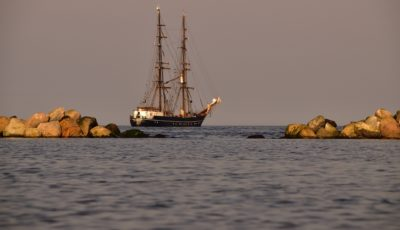 sea-2192547_1920-min